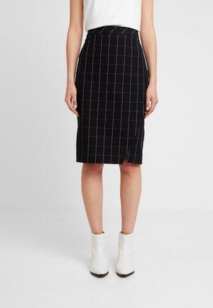 BISTRETCH PENCIL SKIRT GRID - Pouzdrová sukně - black