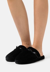 TOM TAILOR - Chaussons - black - 0