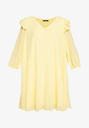 CLERA MOLINE DRESS - Hverdagskjoler - yellow