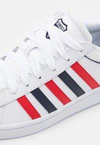 K-SWISS - COURT WINSTON - Tenisky - white/red/navy - 5