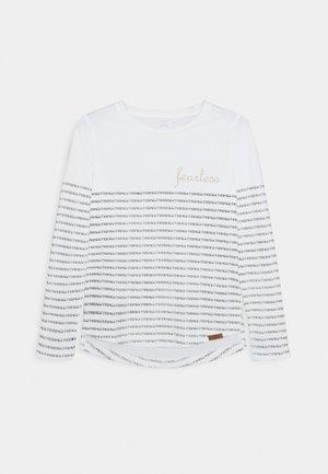 NKFNUSSI - Maglietta a manica lunga - white