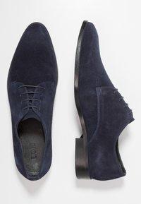 KIOMI - Smart lace-ups - dark blue - 1
