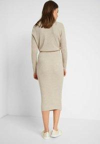 ORSAY - Pencil skirt - zementgrau - 2