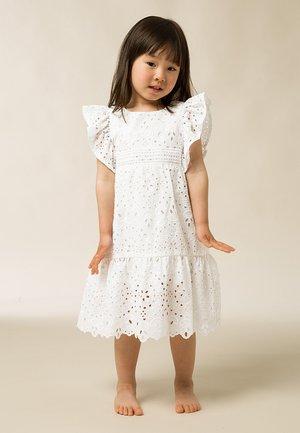 RÜSCHEN - Denní šaty - snow white
