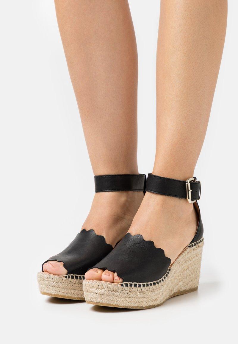Kanna - CAPRI - Platform sandals - schwarz