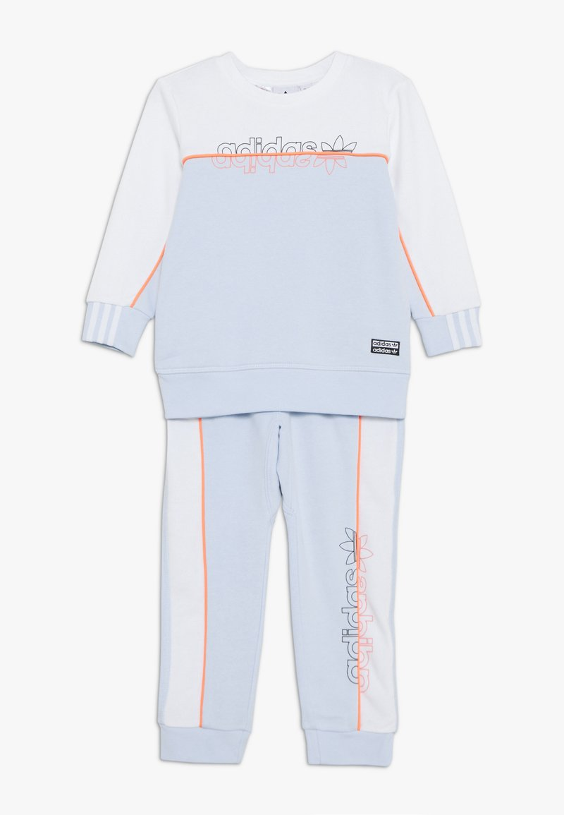 adidas Originals - CREW SET - Tracksuit - skytin/white