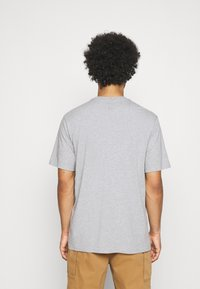 Levi's® - RELAXED FIT TEE - T-shirt con stampa - neutrals - 2