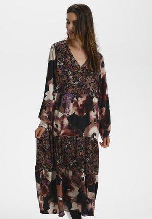 CRPanva - Robe d'été - warm rose midnight