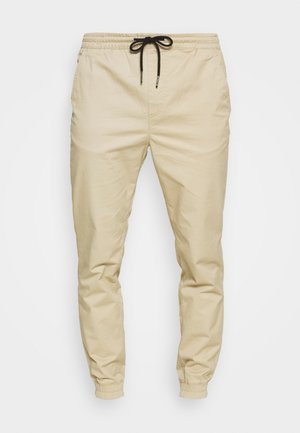 JJIGORDON  - Teplákové kalhoty - white pepper