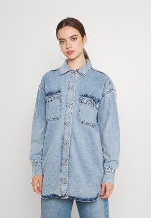 THE SHACKET - Denim jacket - lennox blue
