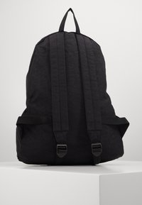 Armani Exchange - BACKPACK - Rucksack - black - 2