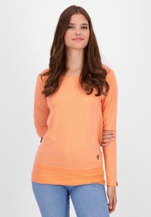 Long sleeved top - peach