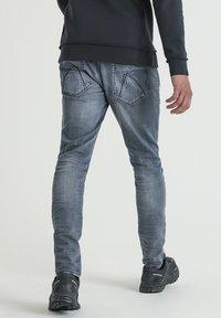 CHASIN' - EGO BOGER - Slim fit jeans - blue denim - 1