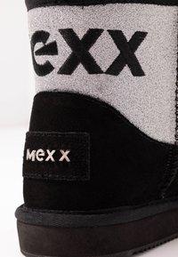 Mexx - DOORTJE - Kotníkové boty - black - 2