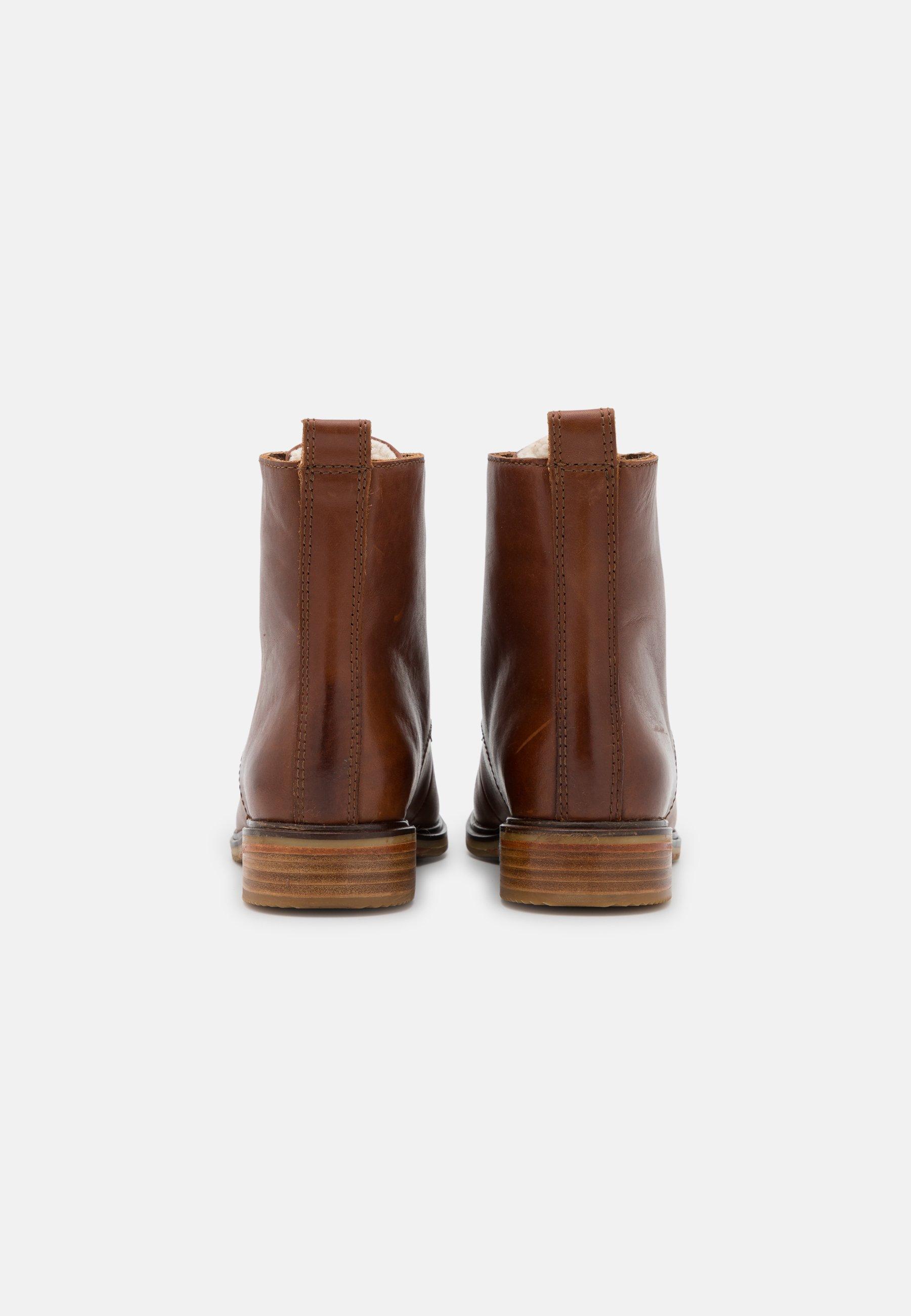 Women CLARKDALE LACE - Winter boots