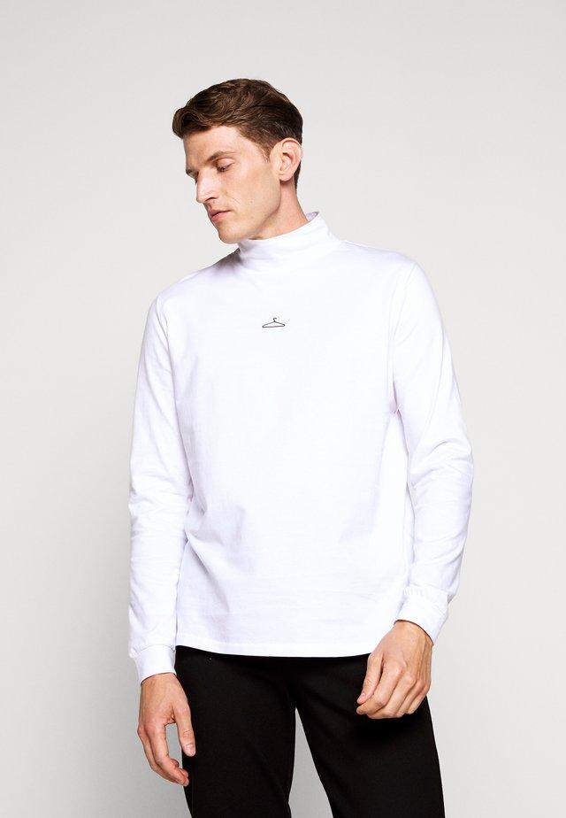 HANGER ROLLNECK BLACK CENTER LOGO - T-shirt à manches longues - white