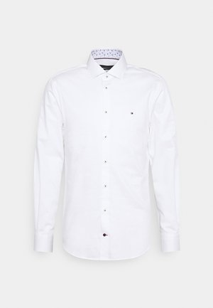 SOLID SLIM FIT - Kauluspaita - white
