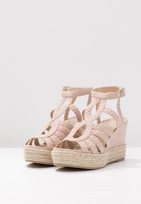 Bullboxer - High heeled sandals - nude - 4