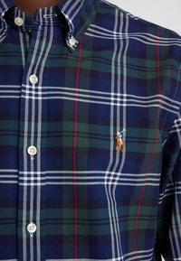 Polo Ralph Lauren - OXFORD SLIM FIT - Vapaa-ajan kauluspaita - hunter green - 6
