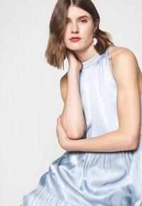Bruuns Bazaar - GRO MAJA DRESS - Vestito elegante - blue mist - 4
