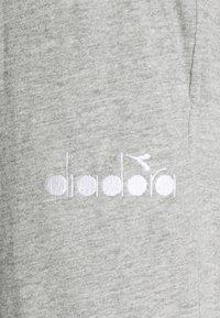 Diadora - PANT CUFF LIGHT CORE - Tracksuit bottoms - light middle grey melange - 2