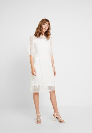 FREYA DRESS - Denní šaty - tofu white