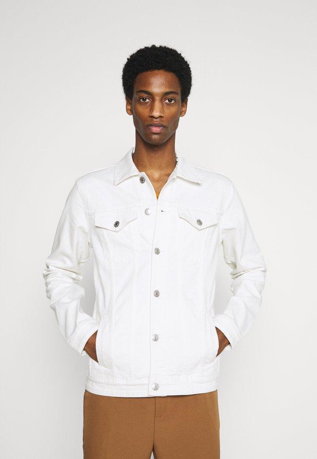 SLHJEPPE JACKET - Denim jacket - white denim