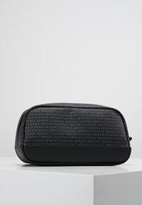 Armani Exchange - Wash bag - black - 3