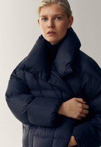 Massimo Dutti - Winter coat - black - 5