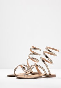 Tata Italia - T-bar sandals - gold - 4
