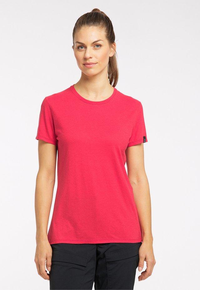 Basic T-shirt - scarlet red