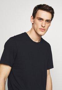 James Perse - CREW - Basic T-shirt - dark blue - 3
