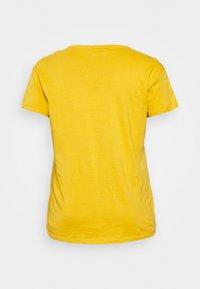 New Look Curves - BOYFRIEND TEE - Basic T-shirt - dark yellow - 1