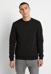Only & Sons - ONSCERES LIFE CREW NECK - Sweatshirt - black - 0