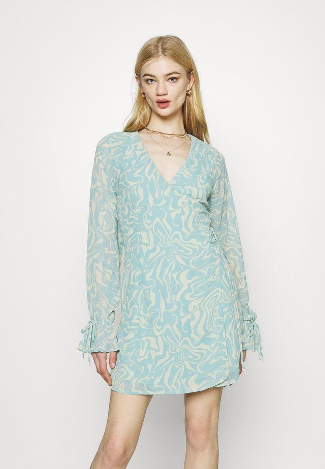 TIE STRAP OVERLAP MINI DRESS - Sukienka letnia - slate blue