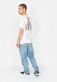 Roark - Print T-shirt - grey blue - 2