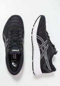 ASICS - GEL-EXCITE 6 - Zapatillas de running neutras - black/white - 1