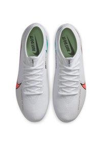 Nike Performance - MERCURIAL VAPOR  - Moulded stud football boots - white / flash crimson / photon dust - 1