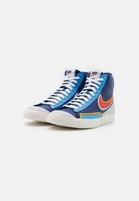 Nike Sportswear - BLAZER MID '77 INFINITE - Høye joggesko - deep royal blue/chile red/copa/university gold/sail/black - 3