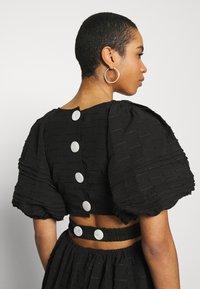 CMEO COLLECTIVE - DISPERSE DRESS - Denní šaty - black - 3