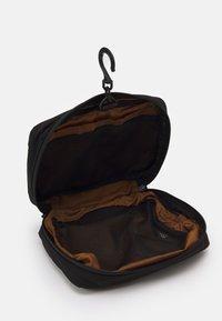 Carhartt WIP - TERRA TRAVEL UNISEX - Wash bag - black - 2
