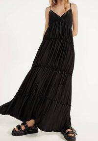 Bershka - MIT TRÄGERN - Maxi dress - black - 3