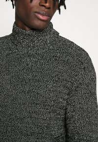 Redefined Rebel - OLIVER ROLL NECK - Jumper - black - 5