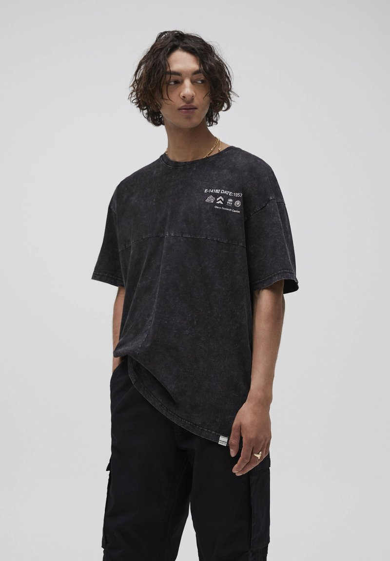 PULL&BEAR - T-shirt con stampa - mottled grey