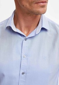 DeFacto - Formal shirt - blue - 3