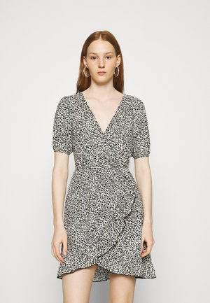Denní šaty - neutral