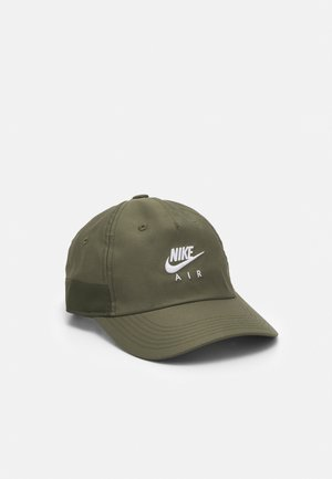 Caps - medium olive/cargo khaki