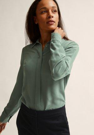 VIVIEN  - Button-down blouse - green