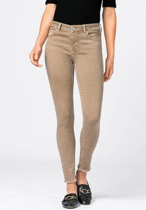 MIA MIT FRANSENSAUM - Jeans Skinny Fit - camel