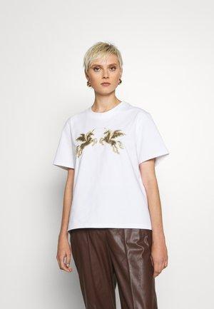 ORIGINALS - T-shirts med print - white